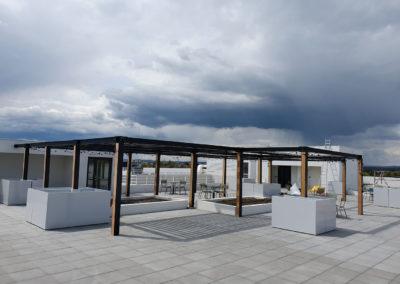 Pergola sur un toit terrasse